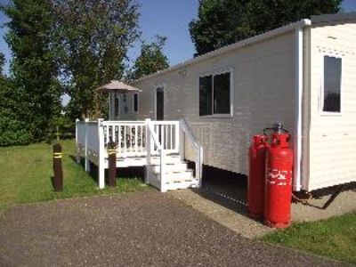California Cliffs Holiday Park, East England Carav For Hire