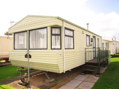 4 Berth Caravan to rent At Walshs Holiday Park
