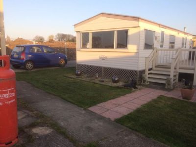 4 berth caravan to rent Alberta Holiday Park Whitstable