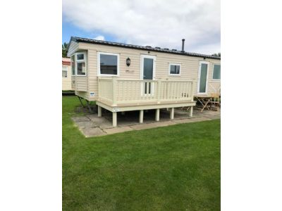 8 berth caravan to let Southview Leisure Park