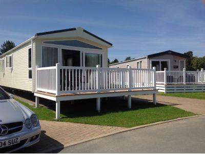 Stunning Caravan For Hire on Hafan-Y-Mor. Luxury At Its Best