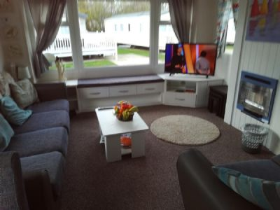 6 Berth Caravan to Rent Thorpe Park Caravan Park