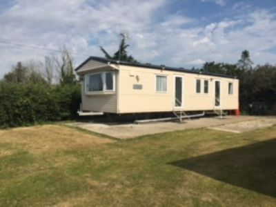 3 Bedroom Caravan to rent Coopers Beach Mersea