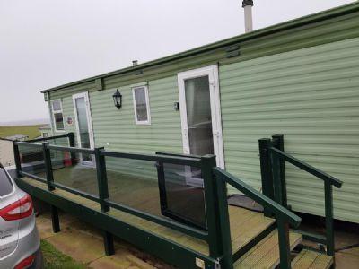 Thornwick Bay, Yorkshire Caravan For Rent Sleeps 6