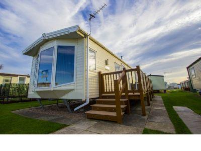 2 Bedroom Caravan to rent Kingfisher Park