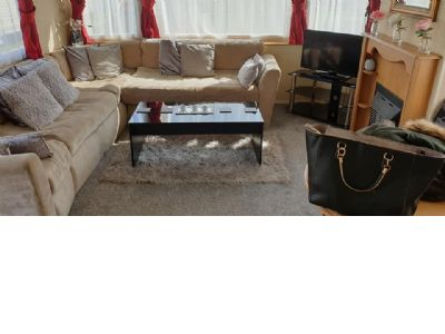 8 Berth Caravan for hire The Chase, East England