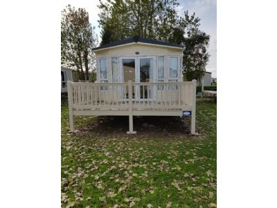 8 Berth Caravan to rent at Marlie, East England